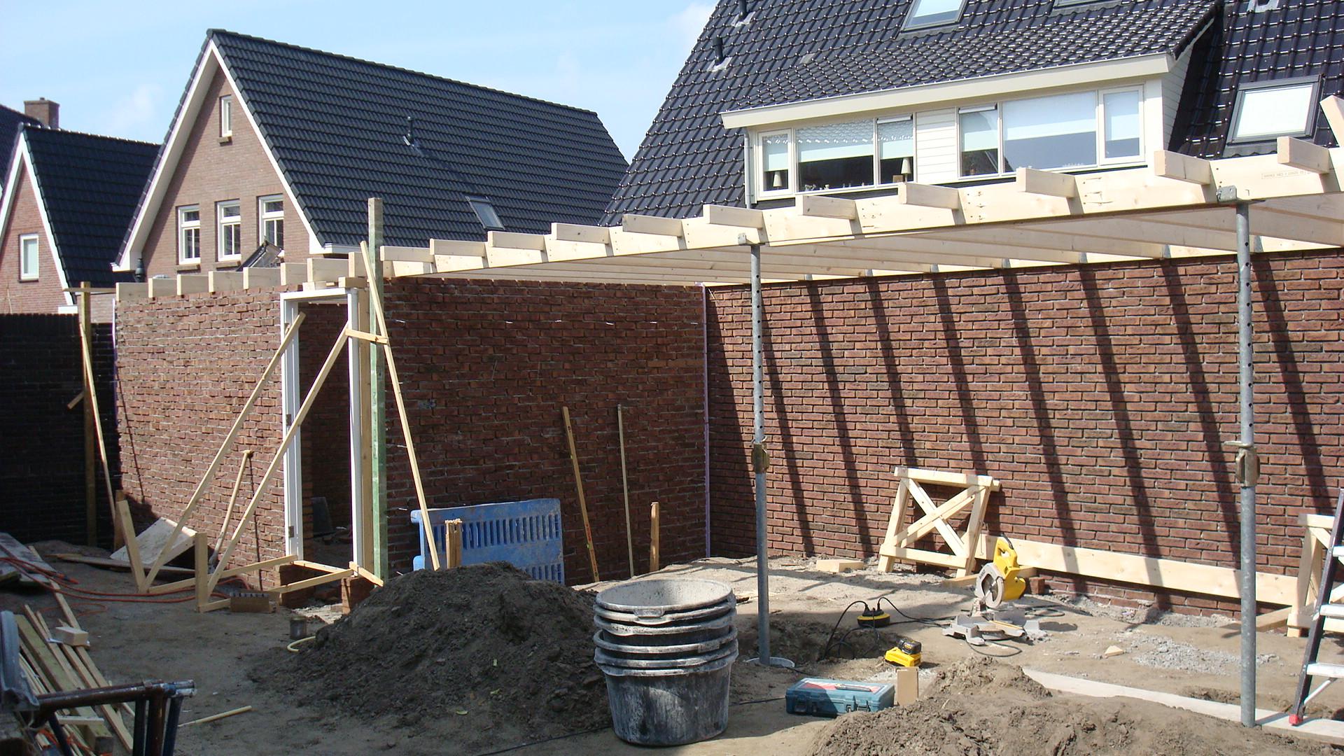 Berging met veranda te nijkerk bouwbedrijf kas for Berging met veranda